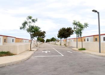 Casas da centralidade de Quilemba (Foto Arão Martins / JAIMAGENS)