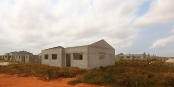 Construções ilegais na centralidade Zango 5